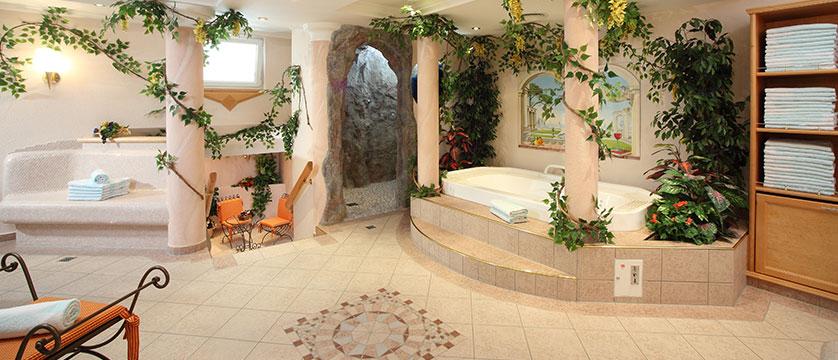 Austria_Ischgl_Hotel_Binta_spa.jpg
